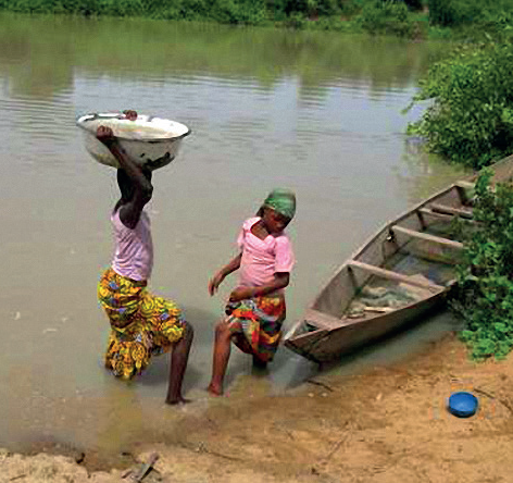 Kinder holen -Trinkwasser-